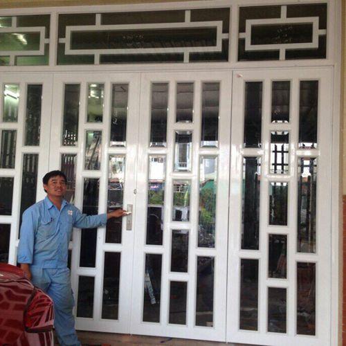 Hoàn Thành Cửa Nhà Anh Nam Đường Vô Viện Dưỡng Lão